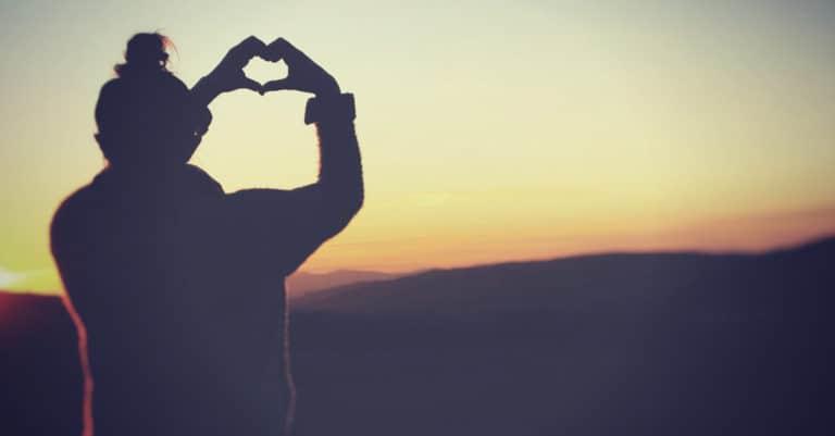 Love Came First: Loving the Way Jesus Loved | alyssajhoward.com