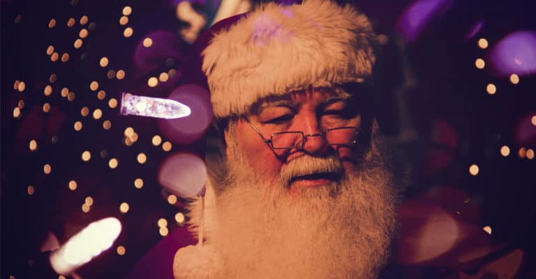 Why My Christian Family Chooses to Embrace Santa Claus | alyssajhoward.com